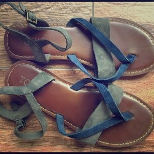 Women's TOM'S leather and suede sandals